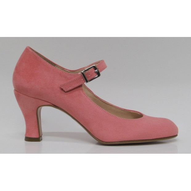 Pink Flamenco shoe in synthetic suede