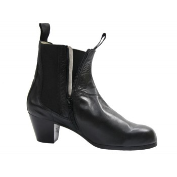 Black Leather Professional Boot with Zip