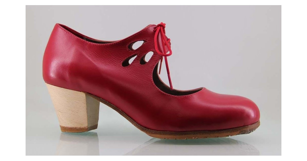 Professional flamenco dance shoe red skin tears