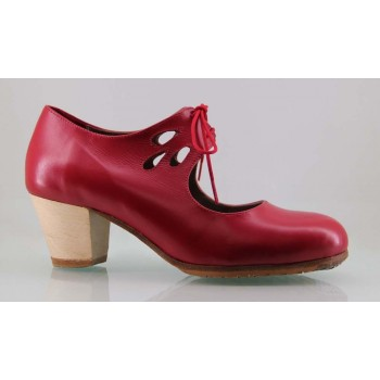 Professional red leather flamenco dance shoe with lace tears