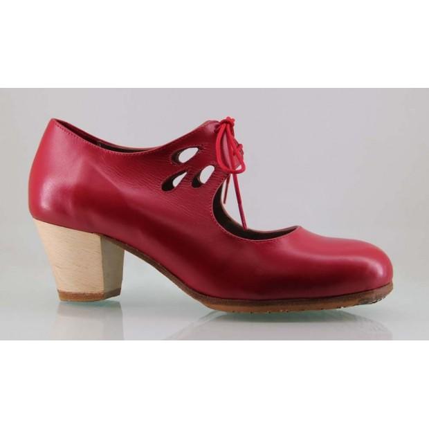 Zapato profesional piel rojo lágrimas caladas