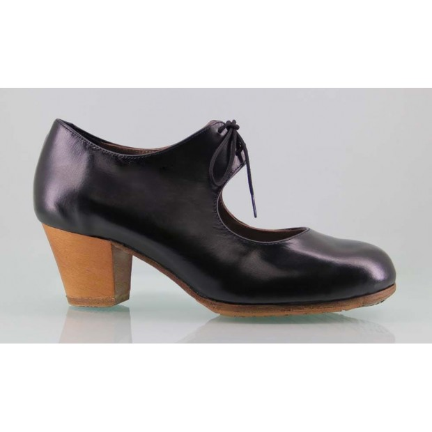Professional black leather flamenco dance shoe
