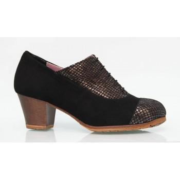Professional flamenco dance shoe black and fantasy suede