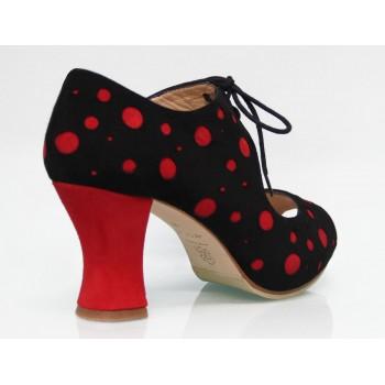 Zapato de Calle Ante Negro con Lunares Rojos