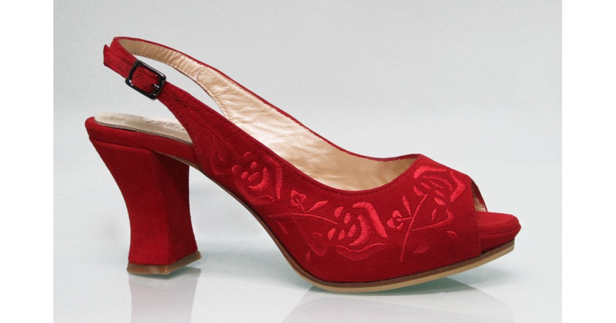 Zapato de Calle Ante Rojo Bordado Rojo