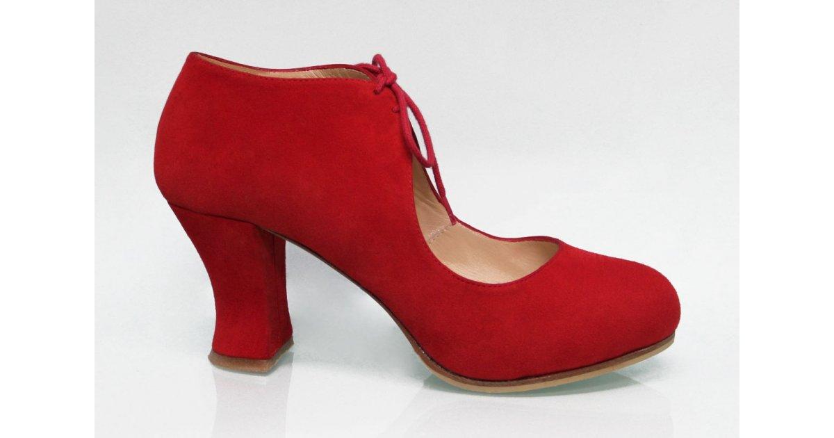 Chaussure de ville en daim rouge à lacets