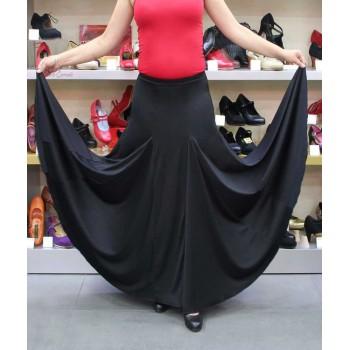 Falda flamenco negra con godets