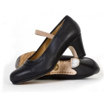 Professional black leather shoe with elastic