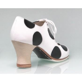 Zapato De Baile Flamenco Profesional Piel Blanco y  Negro