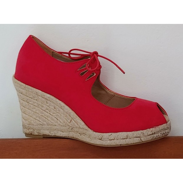 Red Esparto Shoe With Laces