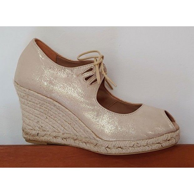 Esparto Platinum Shoe With...