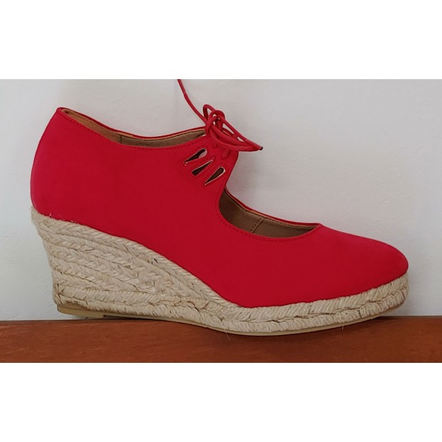 Red Esparto Shoe Closed...