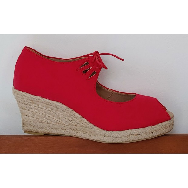 Red Esparto Shoe With Laces...