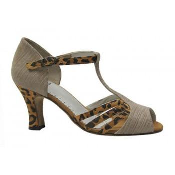 Chaussure pour la danse des...