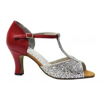 Chaussure pour la danse de...