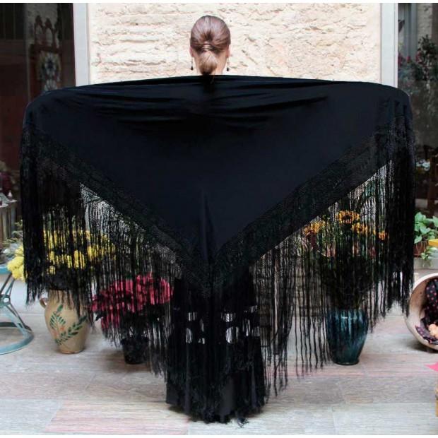 Manton Negro Liso 140 cm.